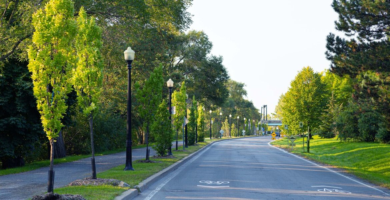 Park Jean Drapeau street landscape